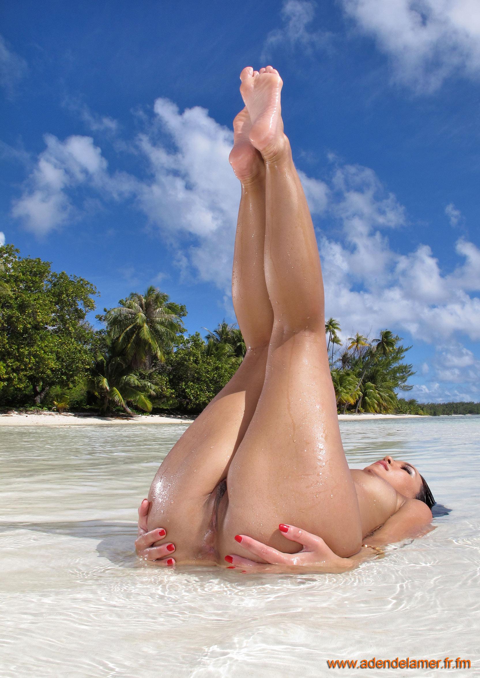 Секс на необитаемом острове с туземцами 20 фотография